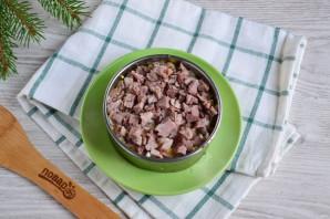 Мясной салат с орехами - фото шаг 5