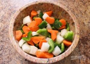 Фрикадельки из курицы в чили соусе с овощами - фото шаг 3