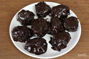 Чернослив в шоколаде с коньяком - фото шаг 9