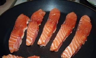 Семга с брокколи в духовке - фото шаг 3