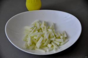 Салат с говядиной и зелёным яблоком - фото шаг 4