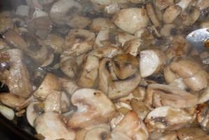 Печеночный торт с грибами - фото шаг 3