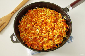 Пирог с морковью и яйцом - фото шаг 11