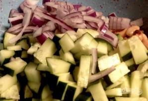 Салат с оливками и фасолью - фото шаг 4