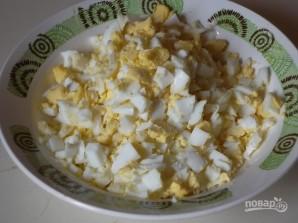 Пирог с луком и яйцами - фото шаг 8
