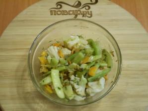 Салат из цветной капусты с зеленой фасолью - фото шаг 7