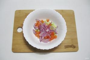 Постный салат с кальмарами - фото шаг 6