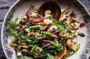 Салат с морковкой и сухариками - фото шаг 4