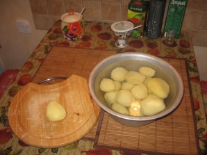 Курица с картошкой в скороварке - фото шаг 1