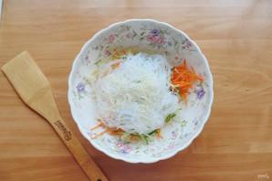 Китайский салат с крахмальной лапшой - фото шаг 9