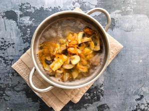 Грибной суп из шампиньонов с гречкой - фото шаг 5