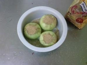 Запеченное яблоко с карамелью - фото шаг 5