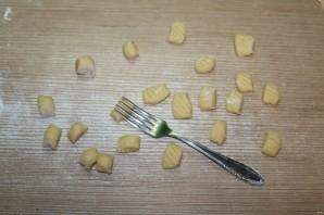 Галушки с фрикадельками - фото шаг 6