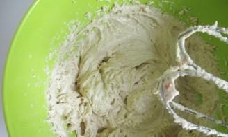 Бисквитное тесто без яиц - фото шаг 3