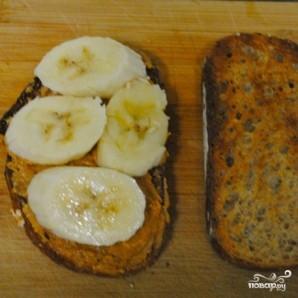 Сэндвичи с арахисовым маслом и бананами - фото шаг 4