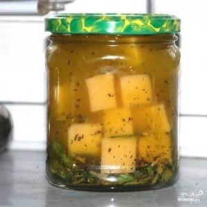 Маринованный сыр - фото шаг 5