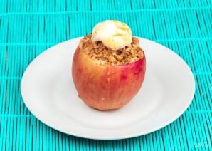 Печеные яблоки с хрустящими мюсли - фото шаг 5
