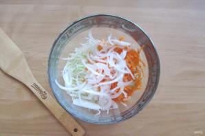 Осенний салат из капусты - фото шаг 4