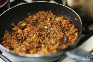 Перец, фаршированный сыром и гречкой - фото шаг 1