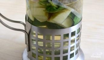 Зеленый чай с ромашкой - фото шаг 1