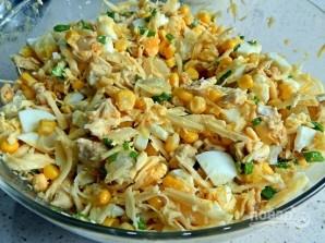 Салат из курицы и кукурузы - фото шаг 6