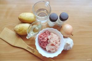 Чевапчичи с картошкой в духовке - фото шаг 1