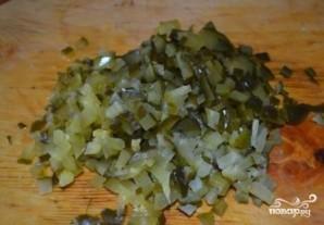 Шпротный салат - фото шаг 7