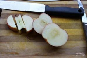 """Традиционная """"Шарлотка"""" с яблочком - фото шаг 2"""