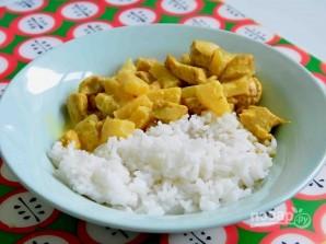 Курица тушеная с ананасами - фото шаг 4