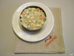 Салат из крабовых палочек и печени трески - фото шаг 7