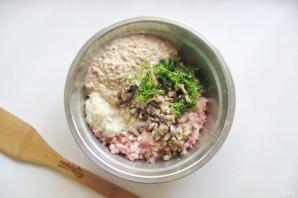 Котлеты из свинины с грибами - фото шаг 6