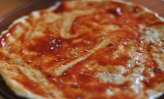 Пицца без дрожжей - фото шаг 3