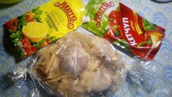 Куриные голени, запечённые в рукаве в майонезом соусе на праздник - фото шаг 4