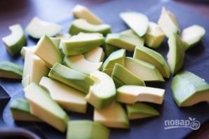 Авокадо в панировке - фото шаг 3