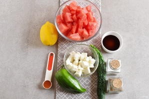 Салат из арбуза - фото шаг 1