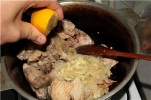 Чахохбили из курицы с картошкой - фото шаг 6