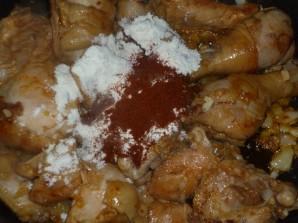 Курица в сметане на сковороде - фото шаг 6