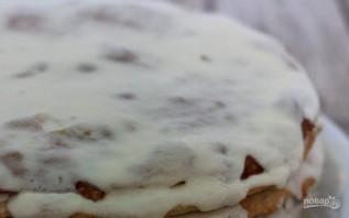 """Торт """"Наполеон"""" с кремом из сгущенки - фото шаг 6"""