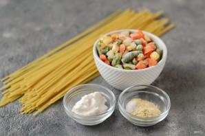 Макароны с замороженными овощами - фото шаг 1
