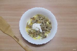 Салат из шампиньонов жареных - фото шаг 9
