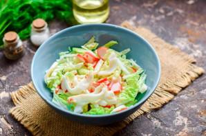 Салат с пекинской капустой, крабовыми палочками и кальмарами - фото шаг 6