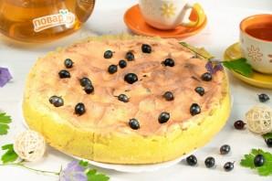 Творожный пирог со смородиной и меренгой - фото шаг 9