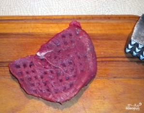 Мясо по-французски в духовке с грибами - фото шаг 1