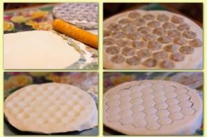 Тесто для пельменей на кефире - фото шаг 2