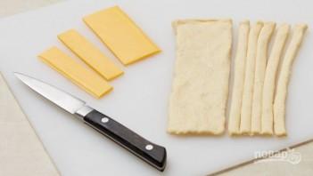 Сосиска в тесте в духовке - фото шаг 2