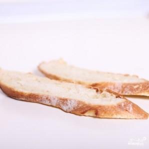 Сэндвич со слабосоленой семгой и авокадо - фото шаг 1