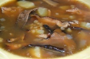 Суп из сушеных грибов с перловкой - фото шаг 16