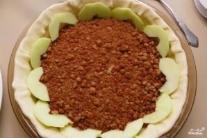 Яблочный пирог из слоеного дрожжевого теста - фото шаг 4