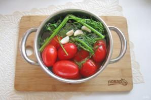 Засолка помидоров в кастрюле - фото шаг 6
