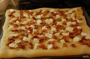 Пицца с томатами и козьим сыром - фото шаг 4